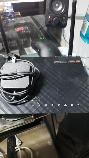 Asus RT AC66U tri-band router. for Sale in San Antonio, TX