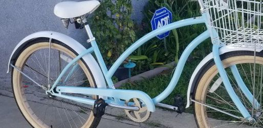 Excellent Condition Bike for Sale in Long Beach,  CA