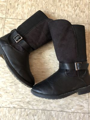 Oshkosh girl boots size#10c for Sale in Oceanside, CA