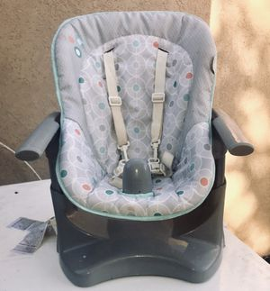 High chair and booster seat for Sale in Las Vegas, NV