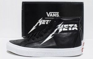 ⚫️ Brand New Men Size 7.0 ( Women 8.5 ) Metallica x Vans collab shoes in the box sk8-hi for Sale in Apple Valley, CA