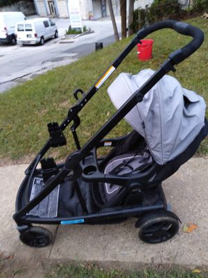 UNO2DUO Double Stroller for Sale in Clifton Heights, PA