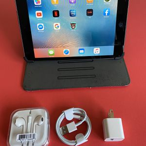 Apple IPad Mini (HD Display/ 2 camera) 16GB with complete Accessories (YouTube / Netflix, Facebook, google installed) for Sale in El Monte, CA