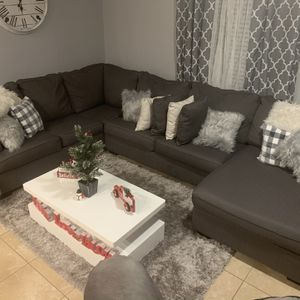 SECTIONAL COUCH for Sale in St. Cloud, FL