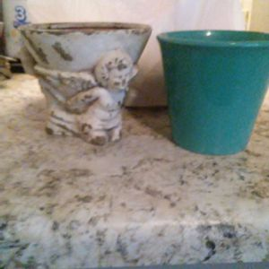 2 Garden pots for plants for Sale in Castle Hills, TX