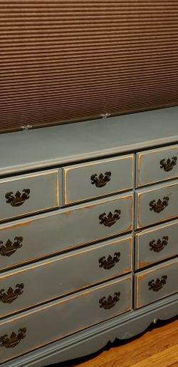 Vintage Distressed Style Dresser for Sale in Monterey Park,  CA