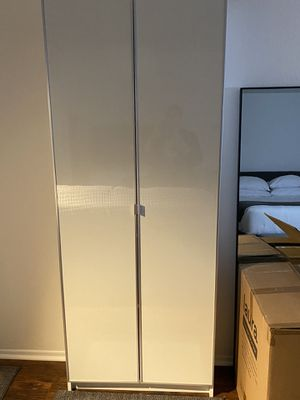 Ikea billy bookcase with white doors (almost new) for Sale in Los Angeles, CA