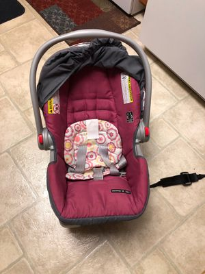 Car seat and stroller for Sale in Saint Paul, MN