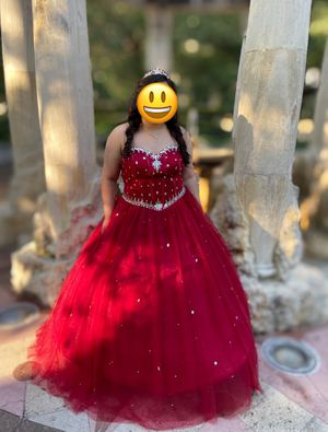 Quinceañera 15 / Sweet 16 / Prom / Ball Gown Dress / Vestido Quinceanera for Sale in Houston, TX