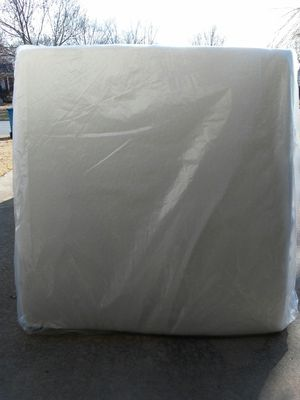 King Memory Foam Mattress for Sale in Bentonville, AR