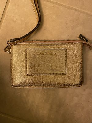 Michael Kors Wristlet for Sale in Yorkville, IL