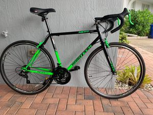 Road bike - bicycle - READ DESCRIPTION - Shimano components - willing to trade for Sale in Fort Lauderdale, FL