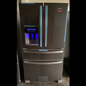 Brand New Whirlpool 4-Door Refrigerator in Stainless Steel for Sale in Rancho Cucamonga, CA