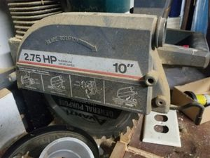 "Craftsman 10"" radial Saw and storage for Sale in Miramar, FL"