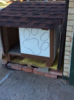 Medium Doghouse For a Beagle Dog 🐶 Size for Sale in Oklahoma City,  OK