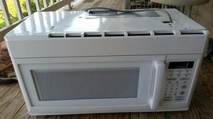 Reduced $50 under cabinet mount microwave for Sale in Knoxville, TN