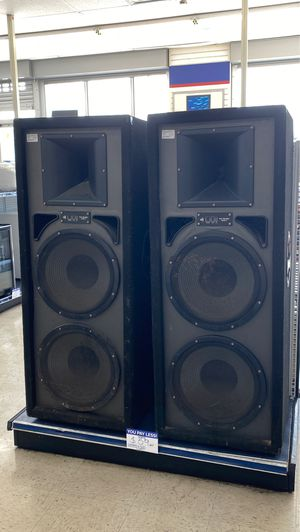 Pro audio pair of speakers for Sale in Chicago, IL