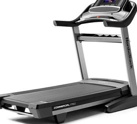 Nordictrack Commercial 1750 Treadmill for Sale in Roseville,  CA
