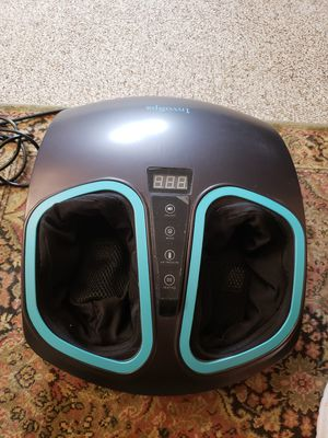 Invospa shiatsy foot massager for Sale in Waldwick, NJ