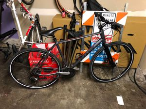 Giant escape 3 mountain bike hybrid size large for Sale in Burien, WA