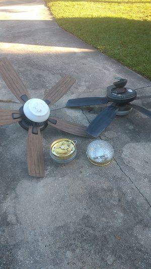 Ceiling fan light fixture for Sale in Belle Isle, FL