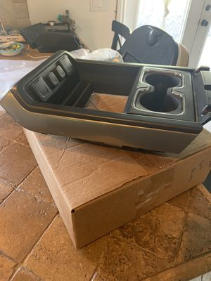 Center console for 2014-2018 Silverado and Sierra for Sale in Avondale, AZ