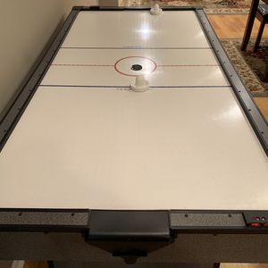 7 Ft Air Hockey Table (working) for Sale in Lake in the Hills, IL