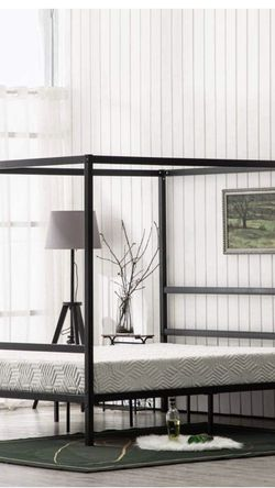 Canopy Bed for Sale in Bakersfield,  CA