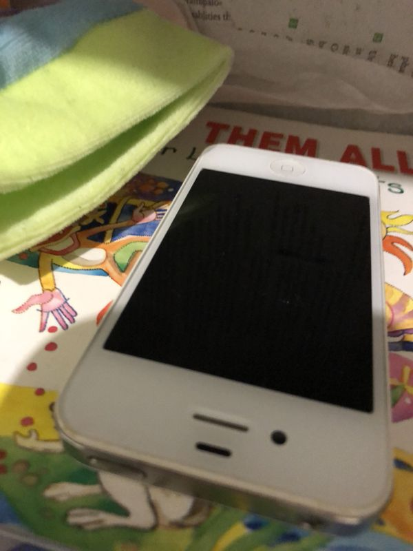 !!!!!!! HOLIDAY SALE !!!!! Iphone 4s