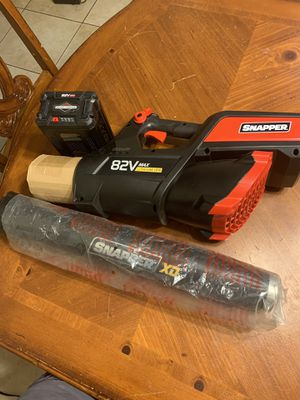 Snapped 82v Max lithium battery leaf blower on sale for Sale in Perris, CA