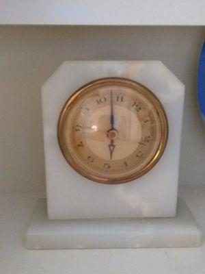 Onix- marble clock for Sale in Miami, FL