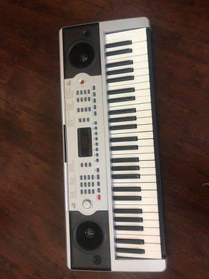 Music keyboard / piano for Sale in Long Beach, CA