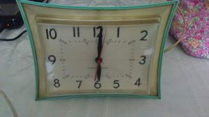 Antique Kitchen Clock WORKS for Sale in Georgetown, MA
