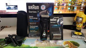 Braun Series 7 740s Men's Electric Foil Shaver / Electric Razor for Sale in Santa Fe Springs, CA