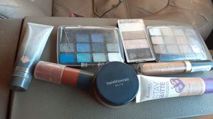 Lightly used makeup & name brand brushes for Sale in Pflugerville, TX