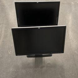 2 Dell 18 Inch Monitors for Sale in Tigard,  OR
