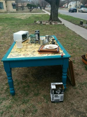 Antique table with nature print for Sale in Wichita, KS