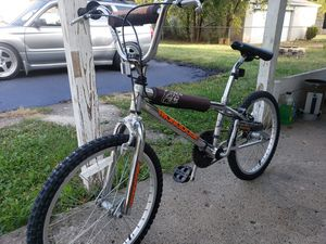 1992 mongoose chameleon bmx bike for Sale in Hilliard, OH