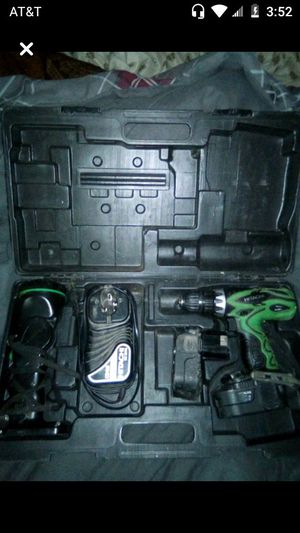 Drill charger 2 18volt battery's light and case for Sale in Princeton, WV