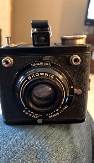 Brownie Flash six-20 camera for Sale in Saint Paul, MN
