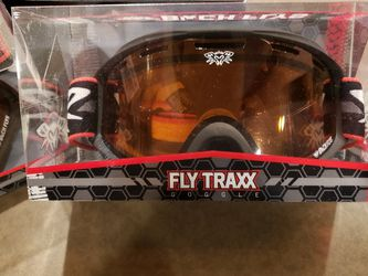 Black Flys Snowboard Goggles NEW for Sale in Clovis,  CA
