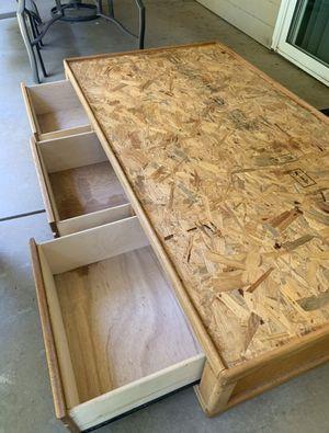 Twin platform bed for Sale in Kingsburg, CA