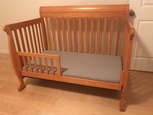 Baby Crib with mattress FREE for Sale in Union City, CA