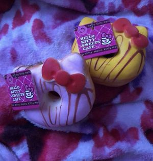 2pc Hello Kitty Donut Squishies for Sale in Baltimore, MD