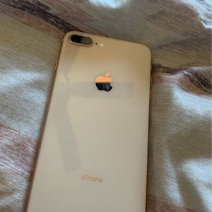 iPhone 8 Plus, ( For Parts ) for Sale in Nashville, TN