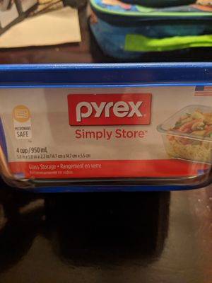 Pyrex 4 Cup Food storage Glass Container for Sale in Merced, CA