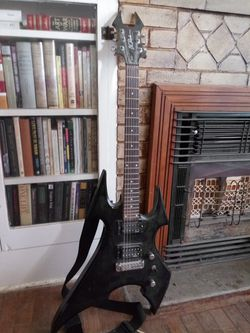 Bc Rich Beast Guitar for Sale in San Angelo,  TX