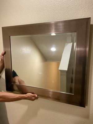 Gold/bronze framed mirror for Sale in Ontario, CA