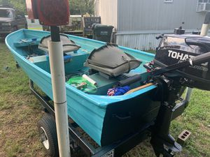 12 ft aluminum v hull for Sale in Willow Spring, NC