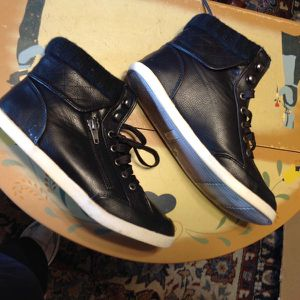 size 7 ankle boots for Sale in Reedley, CA